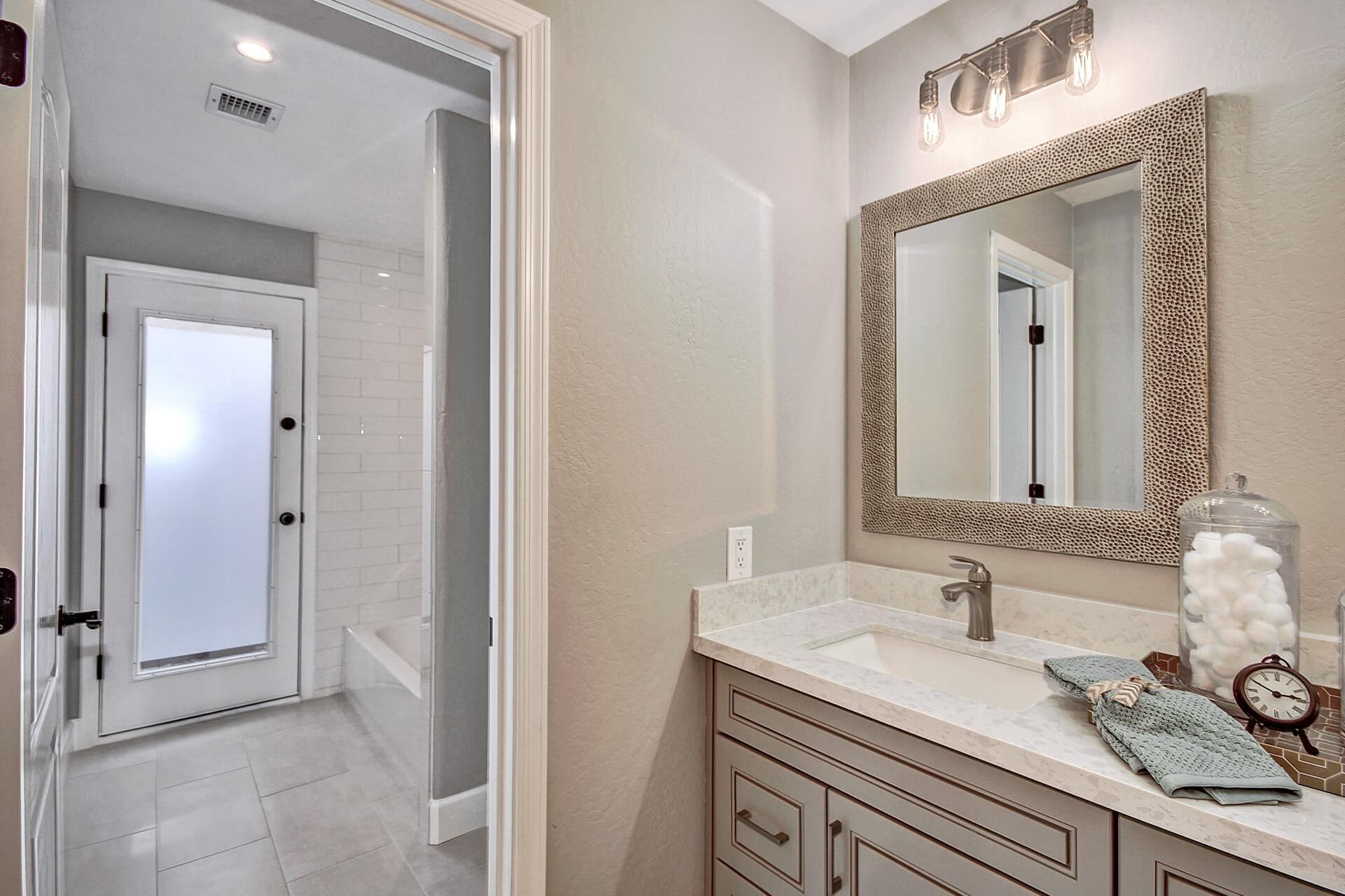 Bathroom Vanities Kitchen Cabinets Countertops