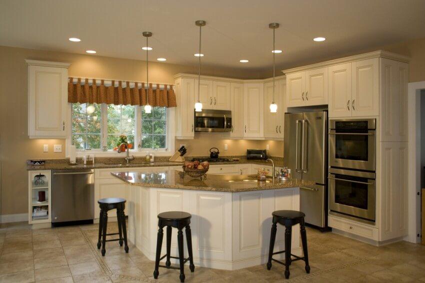 Ultracraft Venezia Eurotek Kitchen Cabinets in Paradise Valley AZ