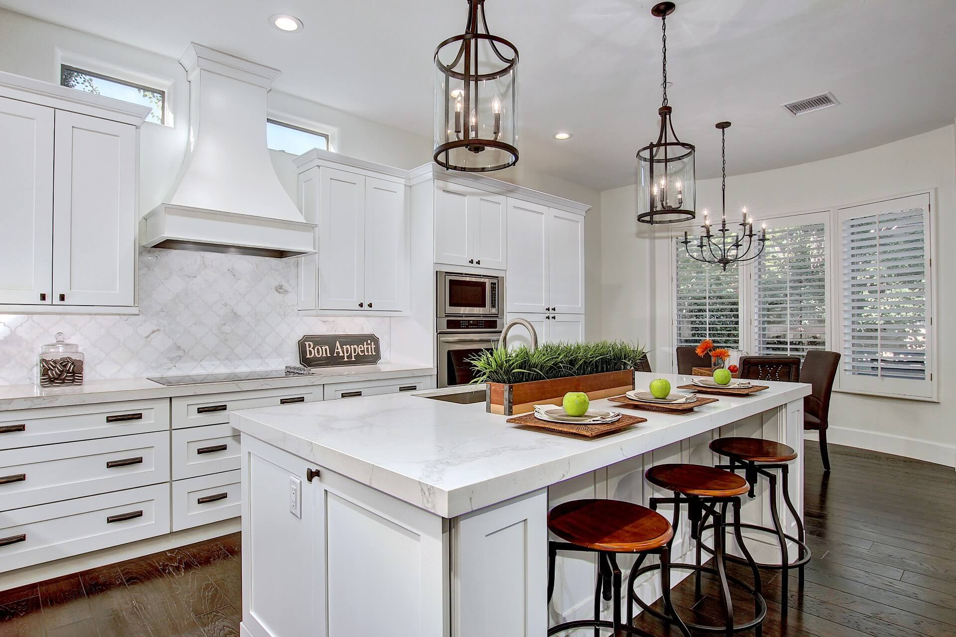 This Kitchen Includes Sollid Cabinetryu0027s White Shaker Cabinets With Jeffrey  Alexander Cabinet Hardware And, MSI Quartz Statuary Classique Countertops.