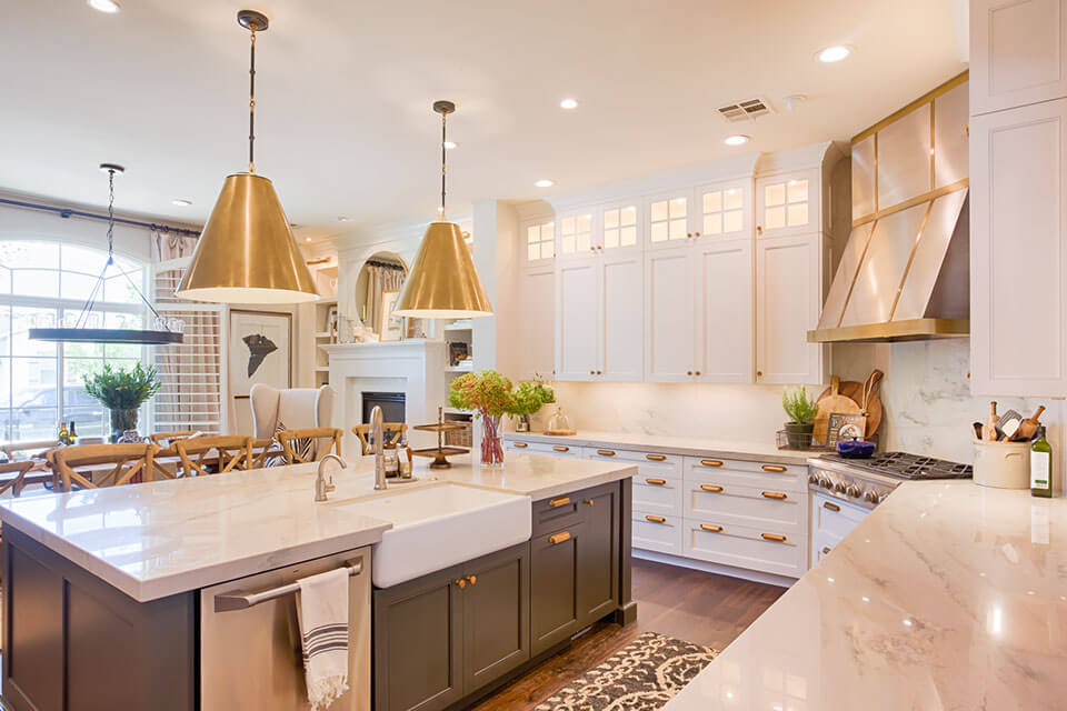 Scottsdale az ultracraft dealer showroom for Arizona kitchen cabinets