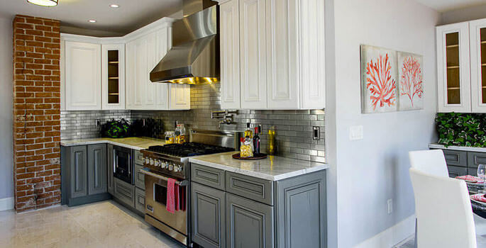How to Choose the Right Cabinet & Countertop Style & Color ...